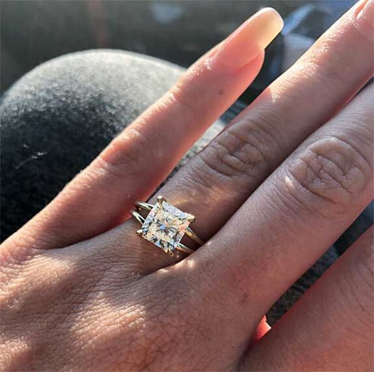 Television Thursday; Reality Stars Confirm Engagement With Selfie of 2.5-Carat Diamond Ring