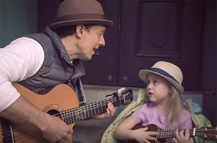 Today is Music Monday; Jason Mraz Hopes You Win 'Prizes Shining Like Diamonds' in 'Have It All'