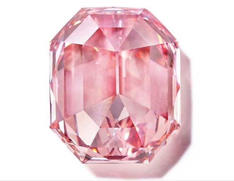 Auction house Exec Says the Color of the 18.96-Carat 'Pink Legacy' Diamond 'Is As Good As It Gets'