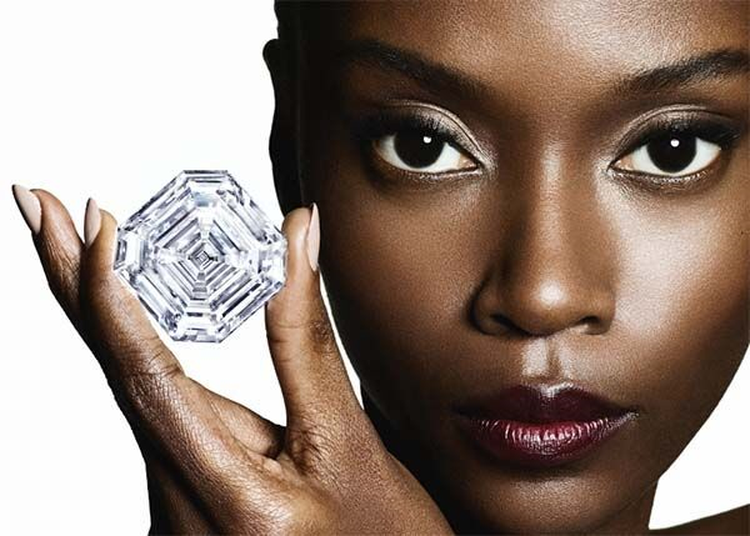 Large Diamond Cut From 1,109 Carat Lesedi La Rona Tips the Scales at 302.37 Carats!