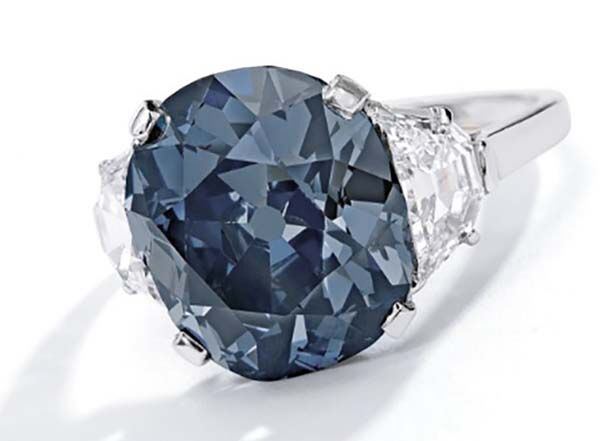 'The Indian Blue' Diamond Earns Top Billing at Sotheby's Magnificent Jewelry Sale