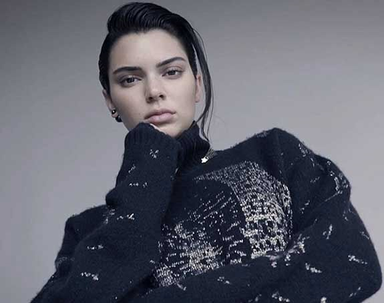 Runway Model Kendall Jenner Tells Elle.com, 'The Man Should Pick the Engagement Ring'