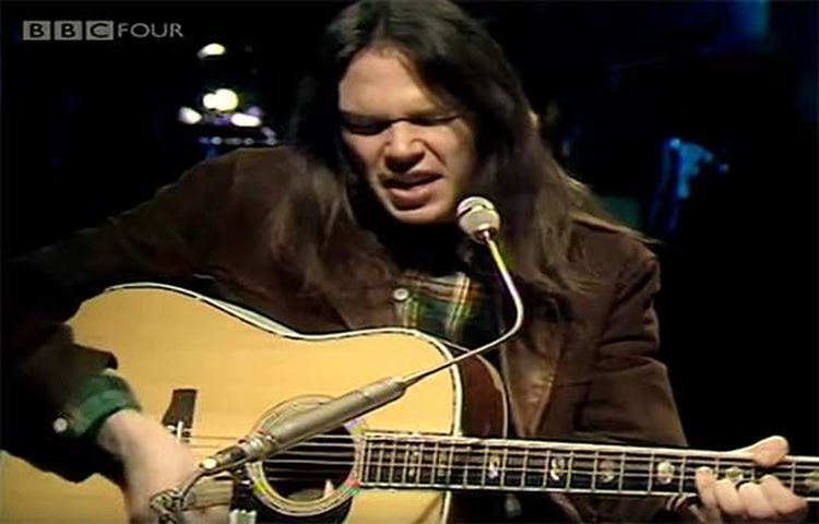 Welcome to Musical Monday;  Neil Young Is a Miner for a 'Heart of Gold' in the 1971 Classic
